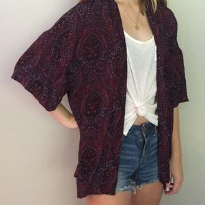 American Eagle XS/ S burgundy paisley Kimono